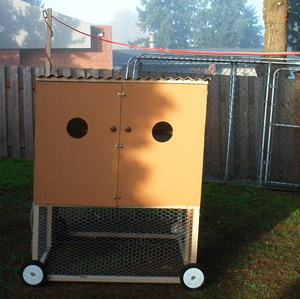 portable coop with electricity